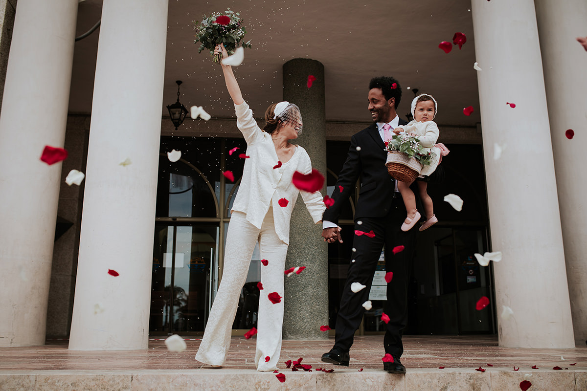 fotografía petalos boda