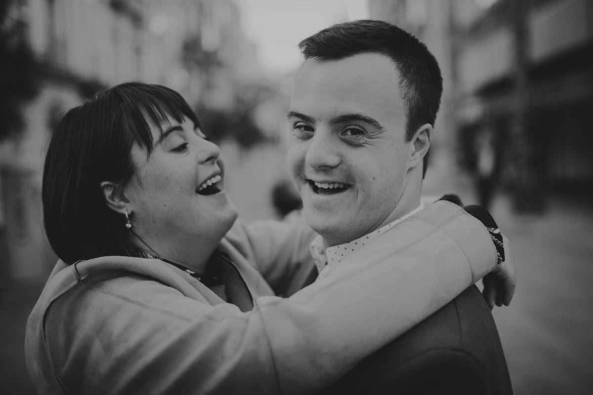 fotografía pareja risas málaga