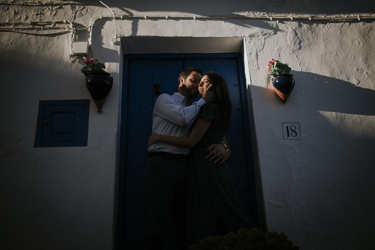 fotografía puerta novios preboda