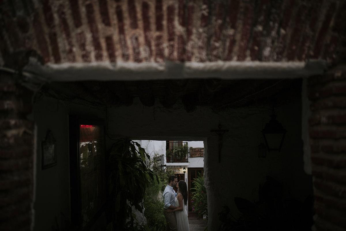 fotografía preboda calles frigiliana