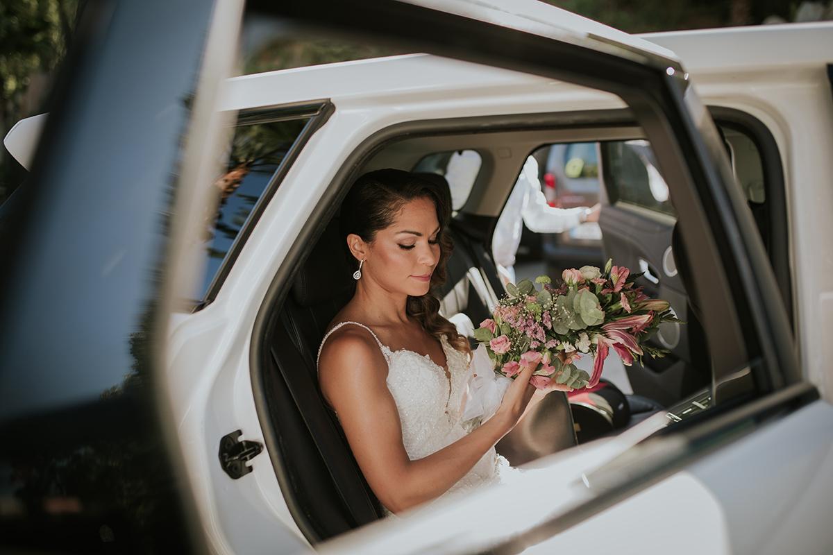 fotografía novia coche