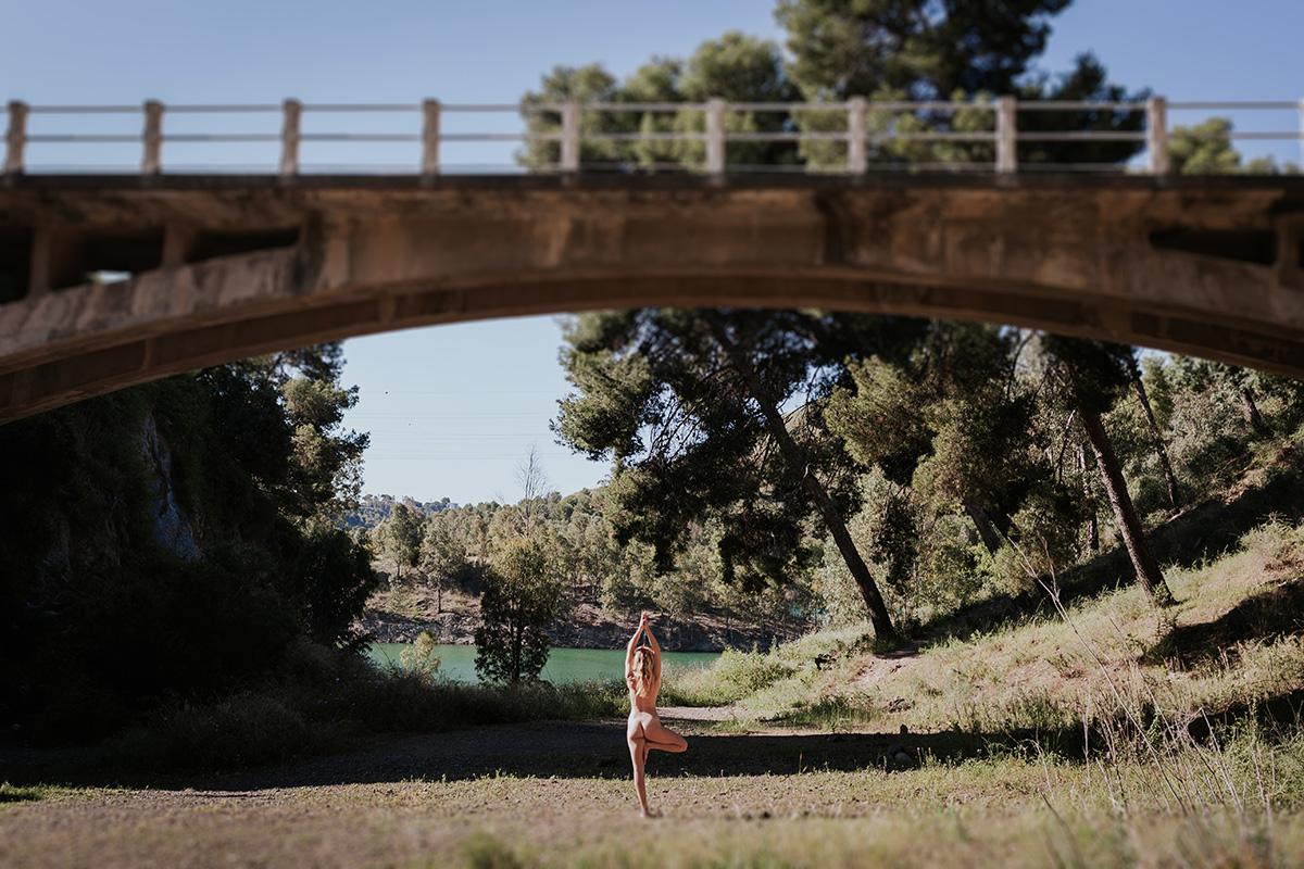 Fotografía desnudo yoga